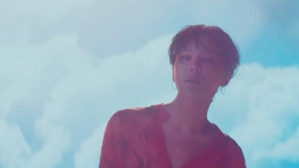 """""""Nàng thơ"""" trong bài hát cuối trước khi nhập ngũ của G-Dragon là ai?"""