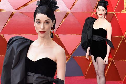 Oscar 2018 và những thảm họa thời trang