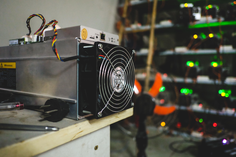 Vỡ mộng vì máy đào Bitcoin