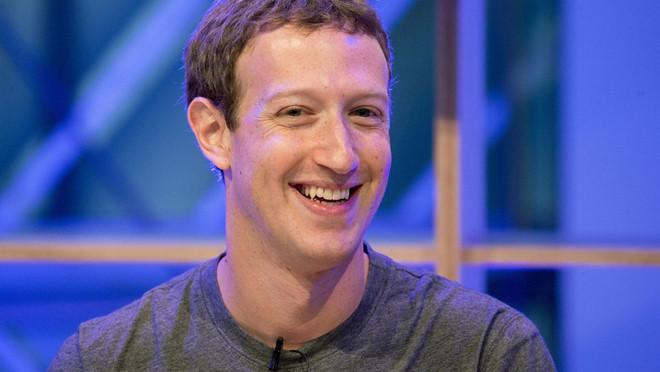 3 tuần qua, không ai bán tháo cổ phiếu Facebook hơn Zuckerberg
