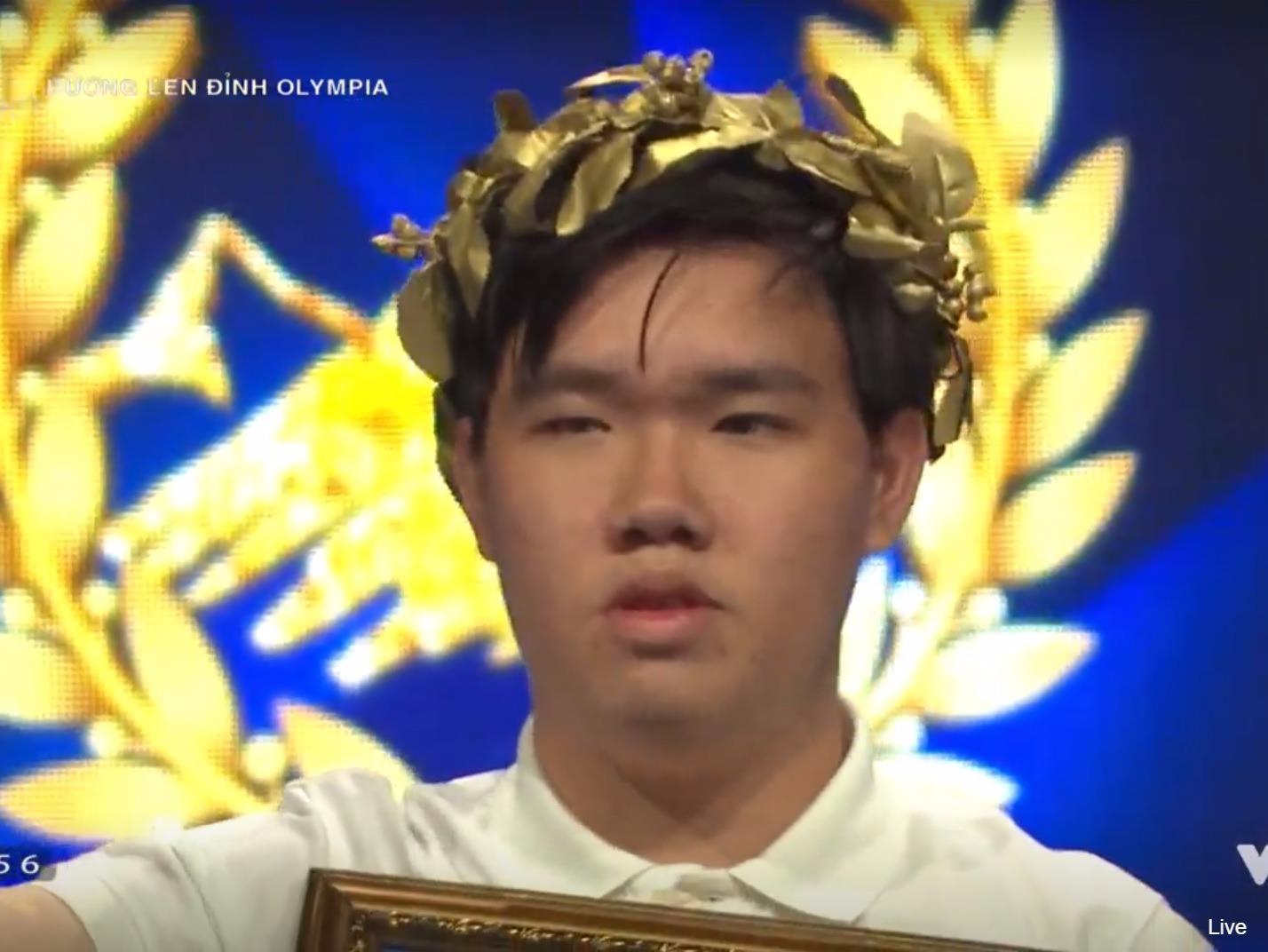 """Cuộc thi tháng Olympia khiến các """"chiến binh"""" can đảm nhất bật khóc"""