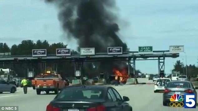 Ca sĩ Mỹ qua đời ở tuổi 39 sau tai nạn khiến xe bốc cháy