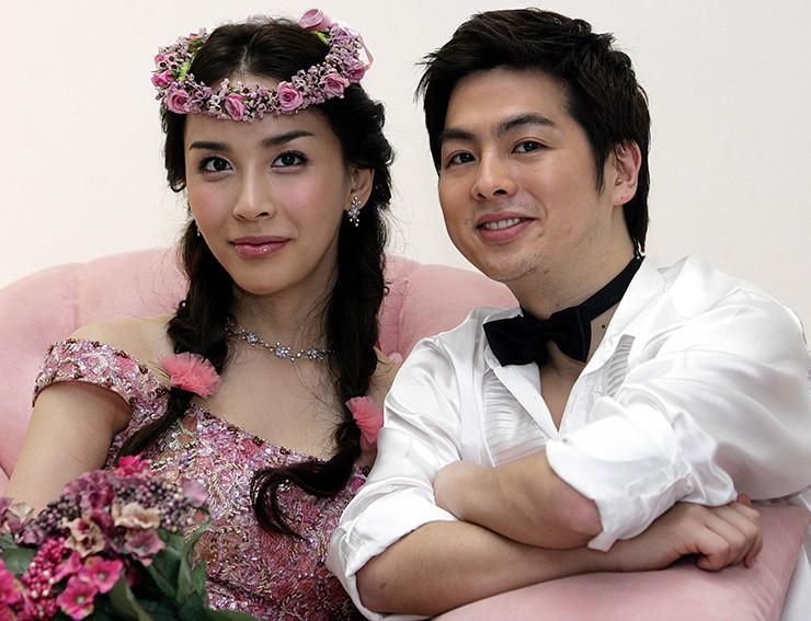 Nữ hoàng chuyển giới Hàn Quốc suy sụp, không muốn sống sau ly hôn