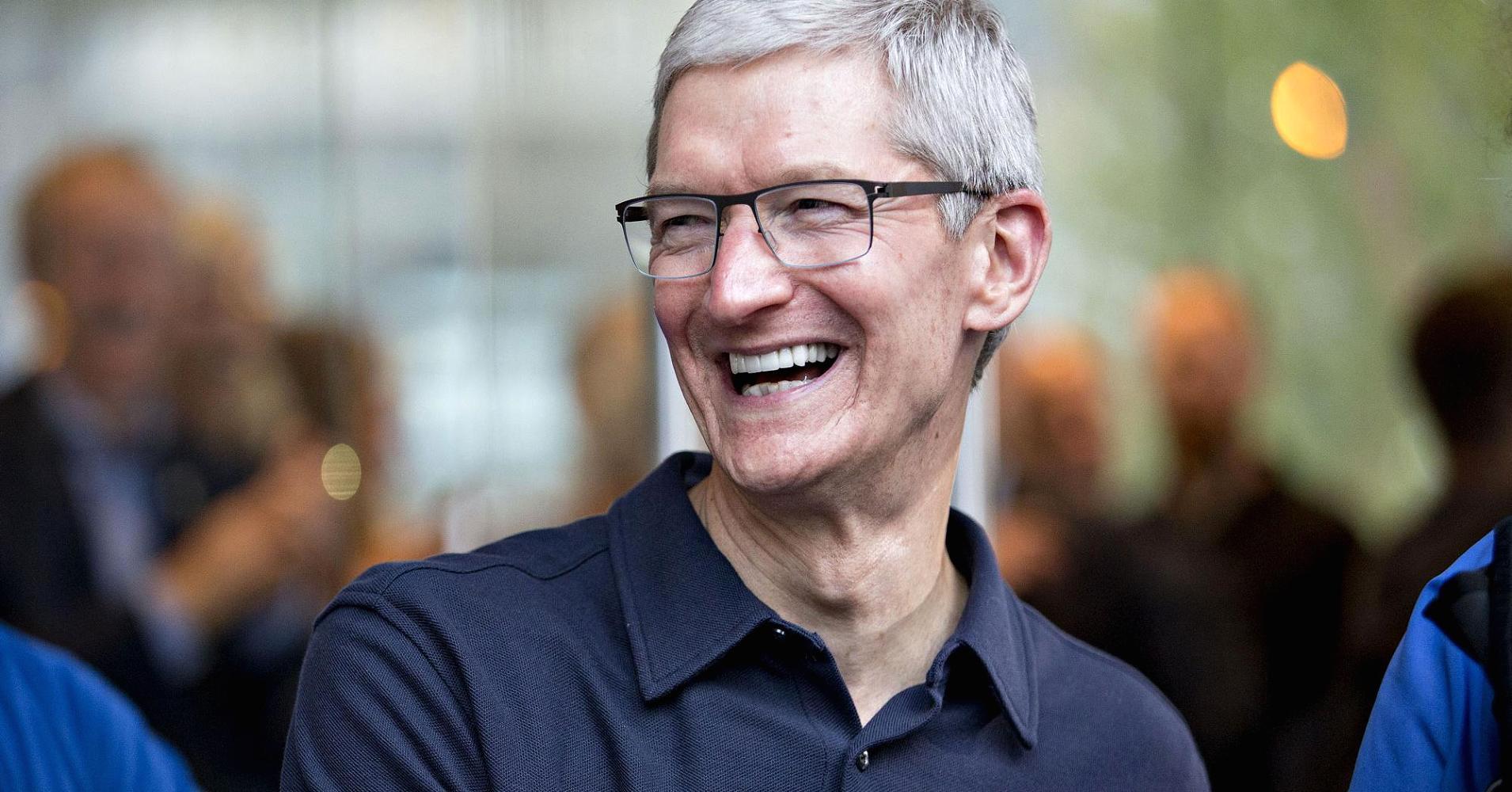 Tim Cook khoe iPhone an toàn hơn điện thoại Android