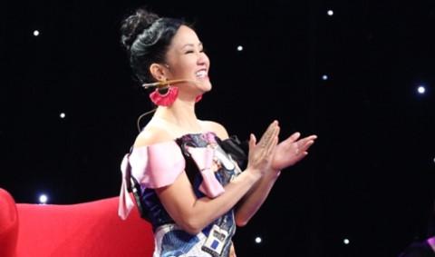 Đạo diễn trẻ đẹp trai, hát nồng nàn khiến Hồng Nhung phấn khích