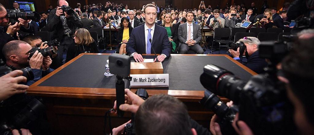Mark Zuckerberg điều trần: Facebook lưu trữ mọi thông tin người dùng
