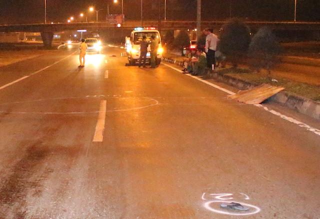 Truy tìm tài xế bỏ trốn sau khi tông chết người đi bộ trên quốc lộ 1A