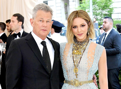 Những cặp sao giàu có, quyền lực nhất Hollywood tại Met Gala 2018