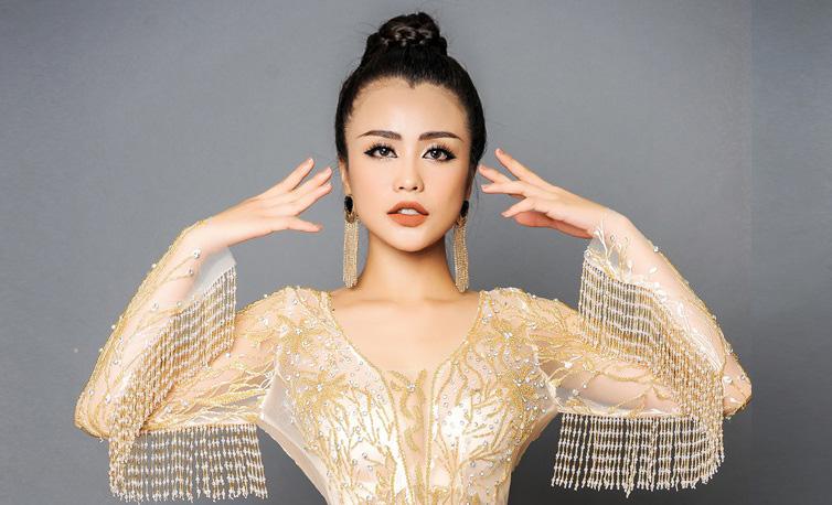 """Tuyết Nhi lộng lẫy như """"nữ hoàng"""" với dạ hội Tommy Nguyễn"""