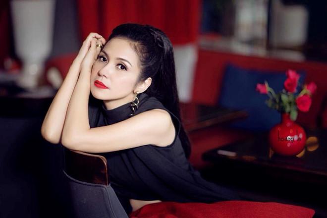 Việt Trinh tuyên bố không kết hôn, ở giá suốt đời