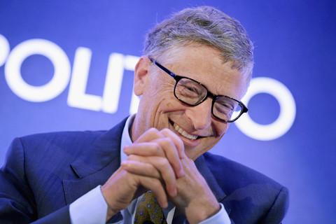 """Quá khứ Bill Gates: Từng bị bắt về đồn, """"giở trò"""" để học với nữ sinh"""
