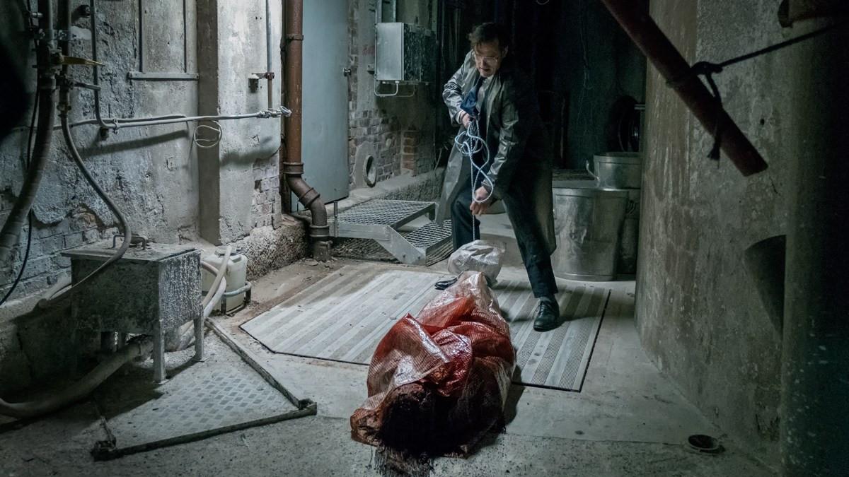 """100 người bỏ khỏi rạp ở LHP Cannes vì cảnh phim """"bắn bay đầu trẻ con"""""""