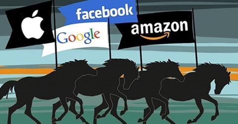 Sếp cũ Google: Facebook có thể bại trận dưới tay Amazon