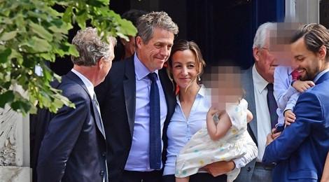 Tài tử Hugh Grant kết hôn lần đầu ở tuổi 57 với bạn gái kém 20 tuổi
