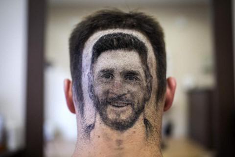 Chàng trai khắc hình Messi sau đầu để cổ vũ World Cup 2018