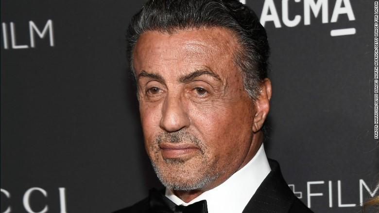 Tài tử cơ bắp Sylvester Stallone bị điều tra tội quấy rối tình dục
