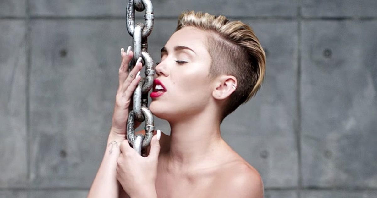 Miley Cyrus: Ngôi sao Disney tuột dốc và sự trở lại vì tình yêu