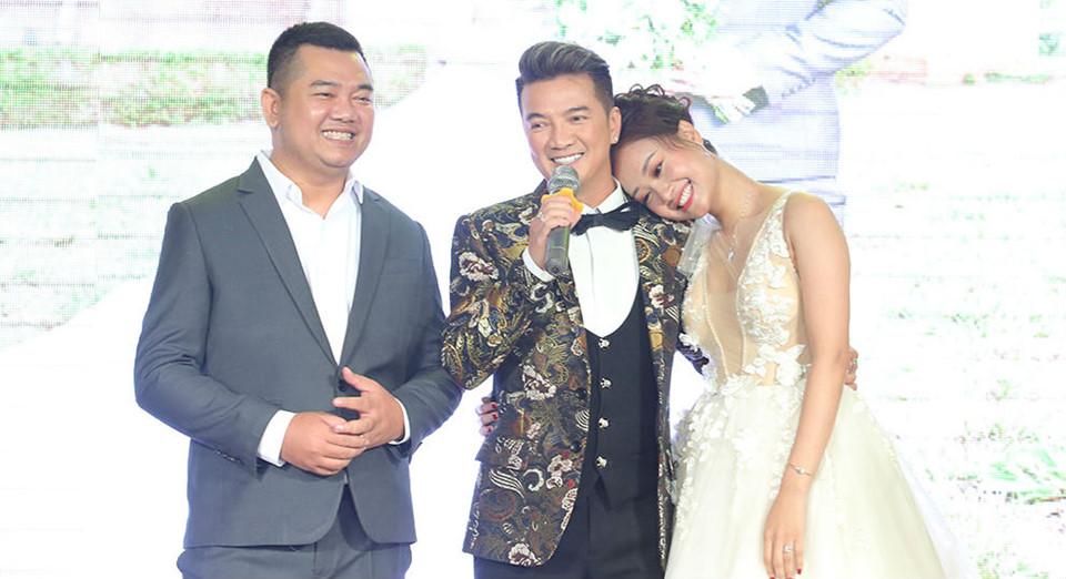 Đàm Vĩnh Hưng và dàn sao Việt dự lễ cưới ca sĩ Hà Thúy Anh ở Sài Gòn