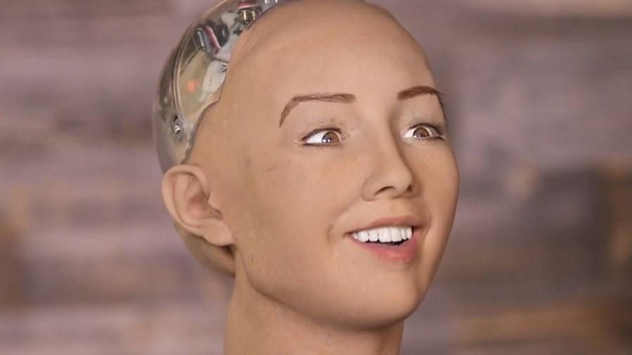 """Giám đốc AI Facebook: """"Robot Sophia chỉ là trò lừa bịp"""""""