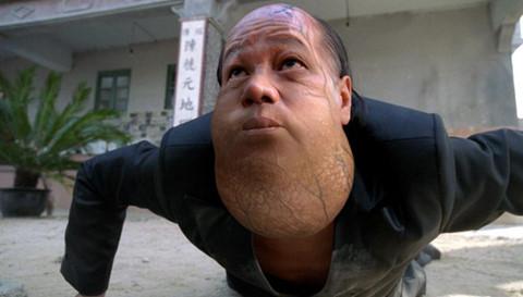 """Ác nhân """"Tuyệt đỉnh Kung Fu"""": Tuổi 70 lợi hại hơn Lý Tiểu Long?"""