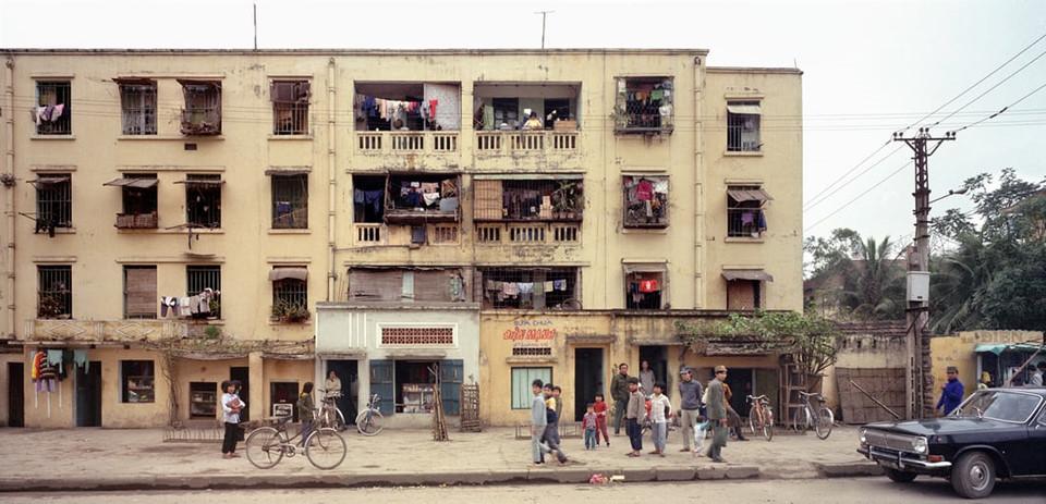 """30 năm """"thay da đổi thịt"""" của Hà Nội qua ống kính nhiếp ảnh gia Mỹ"""