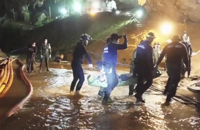 Ít nhất 6 phim về vụ giải cứu thần kỳ ở Thái Lan đang được triển khai