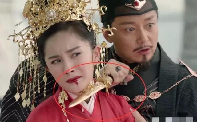 """Loạt phim hot Trung Quốc đang chiếu bị chê cười vì như """"con nhà nghèo"""""""
