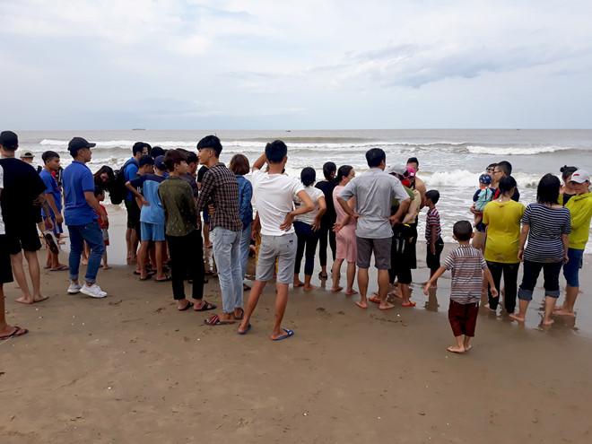 Thanh niên 30 tuổi mất tích khi tắm biển