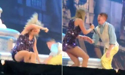 Taylor Swift bị vũ công ngáng chân, trượt ngã trên sân khấu