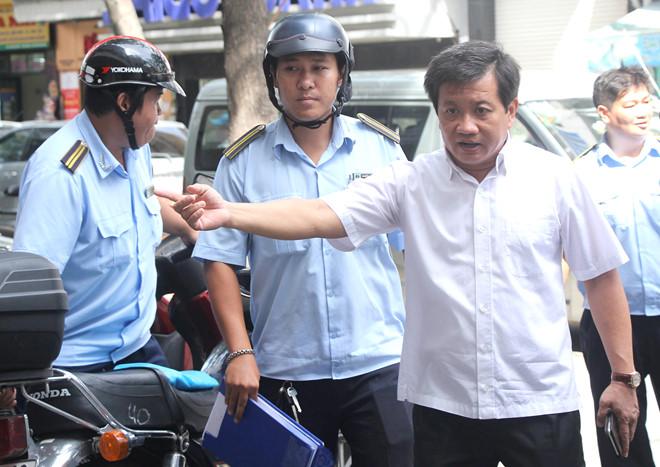 Tiểu thương Sài Gòn phát hoảng khi ông Đoàn Ngọc Hải lại dẹp vỉa hè