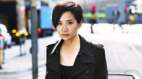 Nữ ca sĩ đồng tính Hong Kong tử vong do rơi từ tòa nhà cao tầng