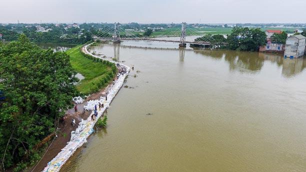 Hà Nội thiệt hại hàng trăm tỷ sau trận mưa ngập nửa tháng