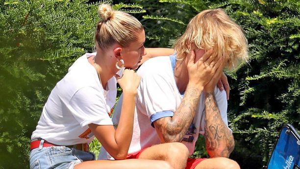 Justin Bieber thừa nhận bật khóc trên phố do nghĩ về hôn nhân