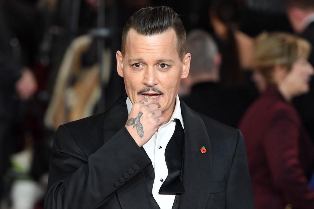 Nguy lắm rồi, Johnny Depp!