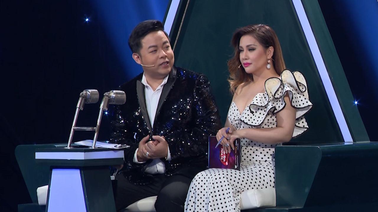 Minh Tuyết bắt Đàm Vĩnh Hưng tặng Quang Lê áo đính kim cương