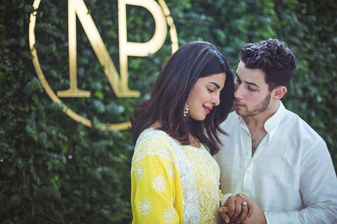 Lễ đính hôn ở Ấn Độ của Nick Jonas và hoa hậu hơn 10 tuổi