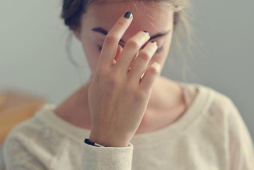Giấu chuyện từng quan hệ với người cũ, cô gái bị bạn trai chia tay