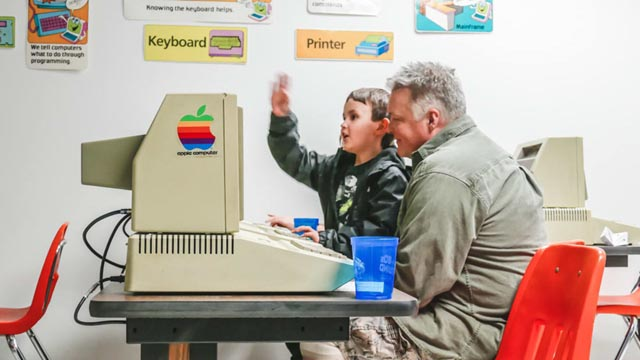 Triễn lãm máy tính tái hiện ký ức của thế hệ 8x
