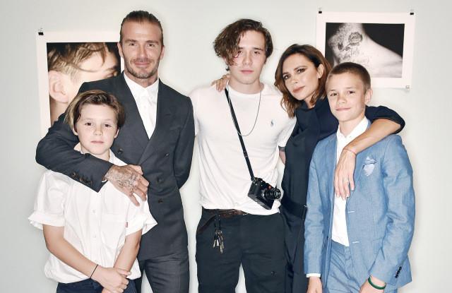 Vợ chồng David Beckham giải thích cho các con về tin đồn ly hôn