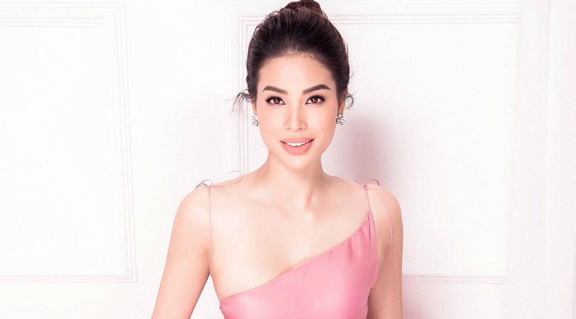 Hoa hậu Phạm Hương tạm dừng showbiz, sang Mỹ chữa bệnh tuyến giáp