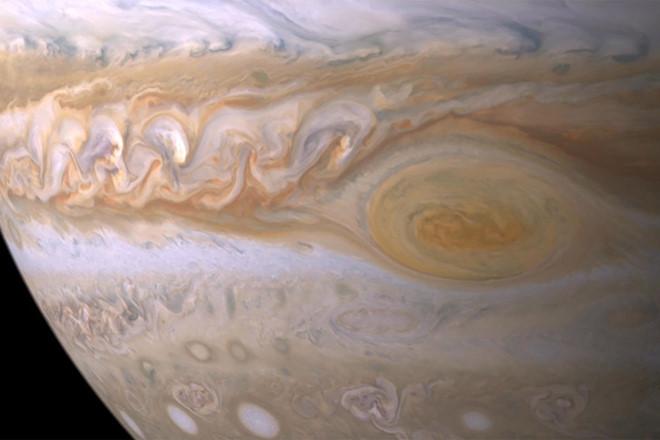 Phát hiện sự tồn tại của nước trên sao Mộc