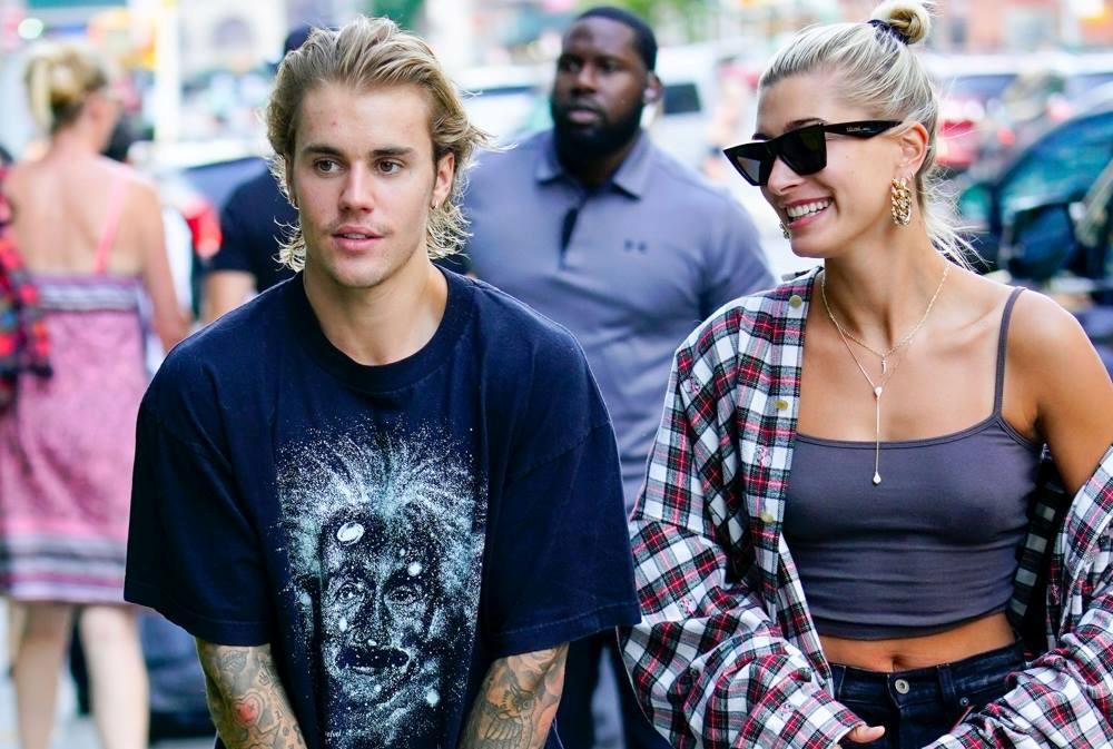 Justin Bieber và hôn thê đi đăng ký kết hôn