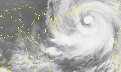 Bão số 6 - Mangkhut đổ bộ Trung Quốc, vịnh Bắc Bộ sóng cao 3-4 m