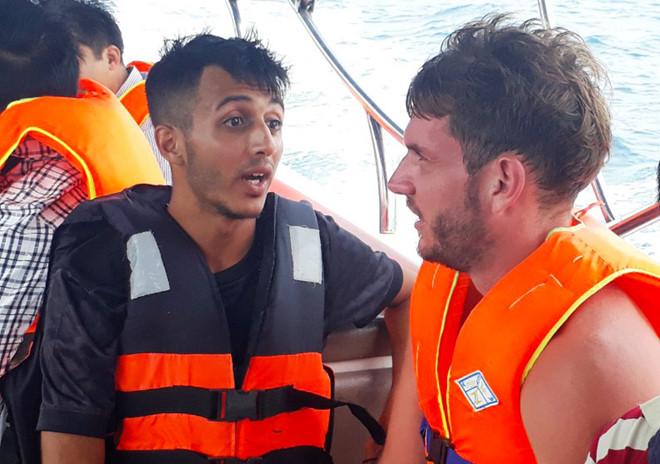Cứu du khách người Anh bị lạc khi dã ngoại ở núi Sơn Trà