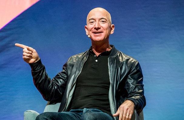 """Jeff Bezos: """"Tôi ngủ đủ 8 tiếng/ngày để không quyết định sai"""""""
