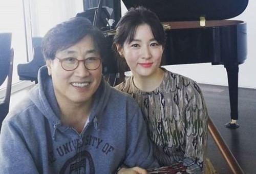 Lee Young Ae vướng ồn ào sau tiết lộ gia thế ông xã tuổi U70