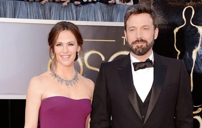 Ben Affleck và Jennifer Garner chính thức ly hôn sau 3 năm ly thân