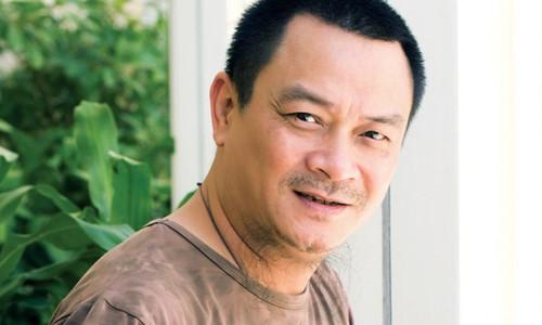 Giám đốc Nhà hát Kịch Việt Nam Anh Tú đang phải truyền máu