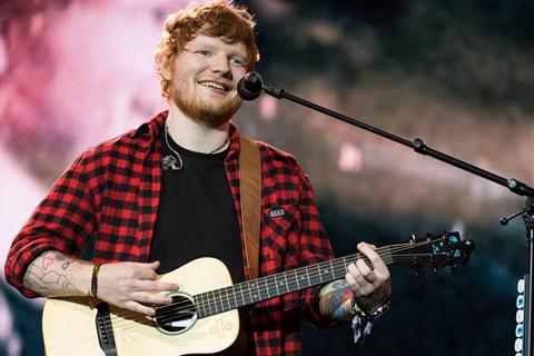Ed Sheeran là ca sĩ giàu nhất thế giới, kiếm 95.000 USD mỗi ngày