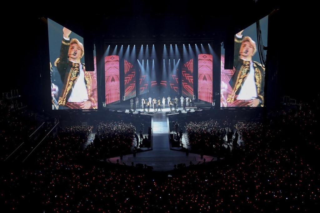 Cuộc sống của BTS: Cô đơn, quá tải, chỉ công việc và không tình yêu